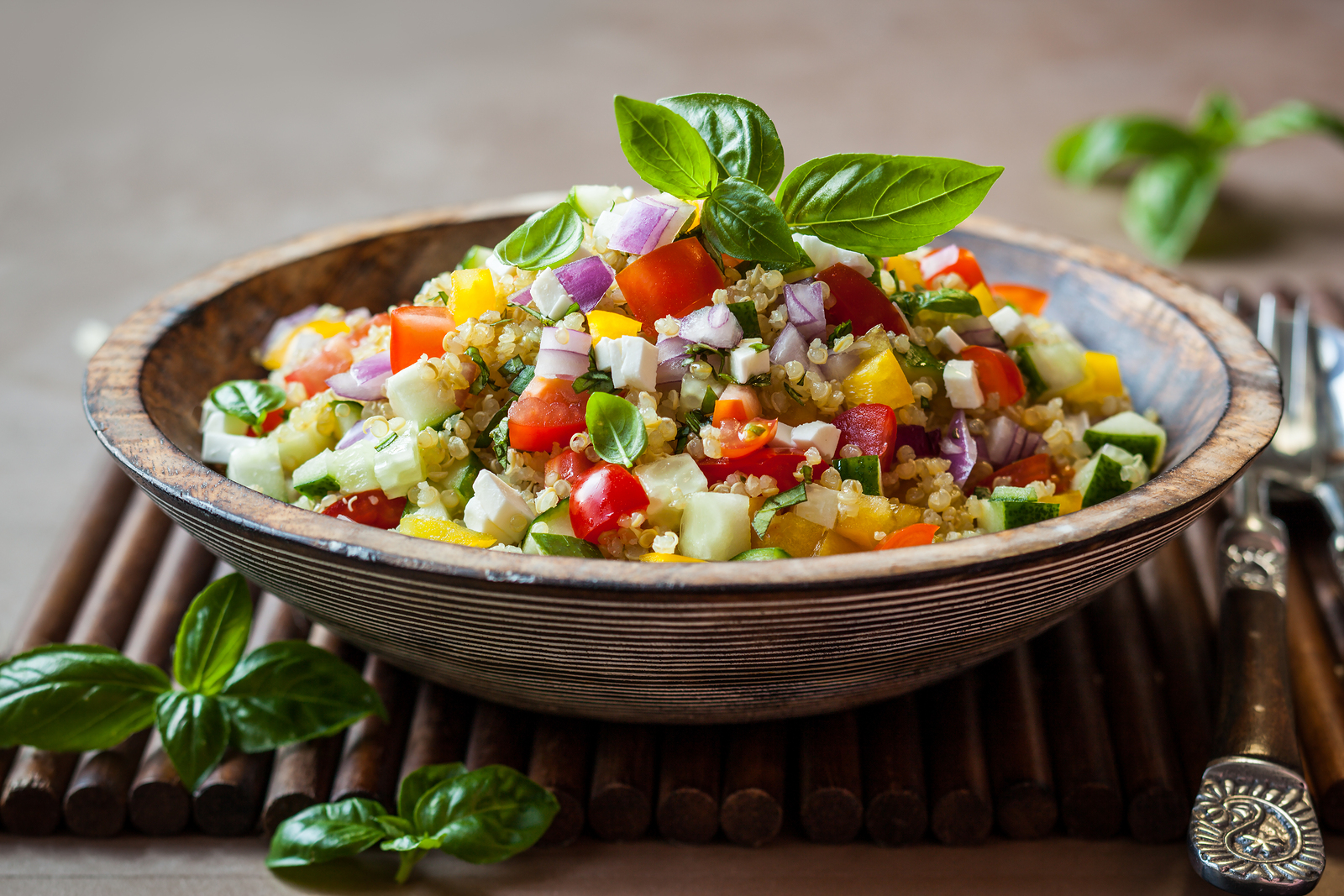Esst mehr Quinoa! Zwei einfache Rezepte für jeden Tag • gesundleben